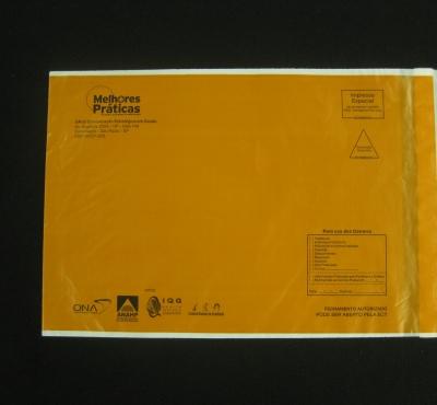 Envelopes Plásticos com Aba e Fita para Correio